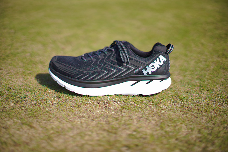 HOKA ONE ONE CLIFTON 4 側面