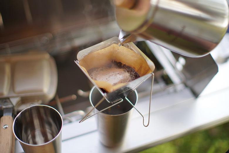 スノーピークのギアでコーヒーを淹れる
