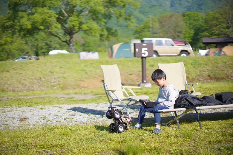 戸隠キャンプ場でラジコン
