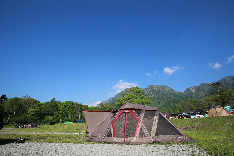 戸隠キャンプ場 電源水道付サイト