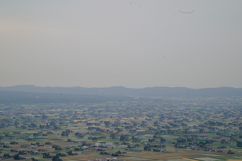 となみ夢の平 散居村展望台から見える散居村