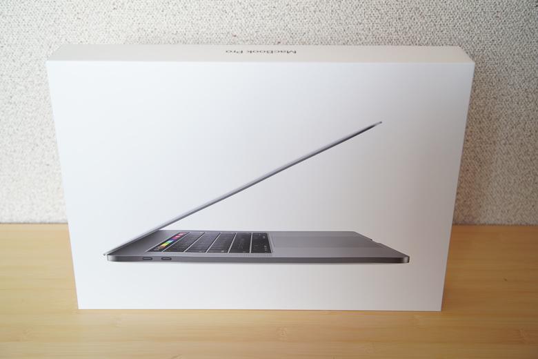 新型MacBook Pro 2018外箱