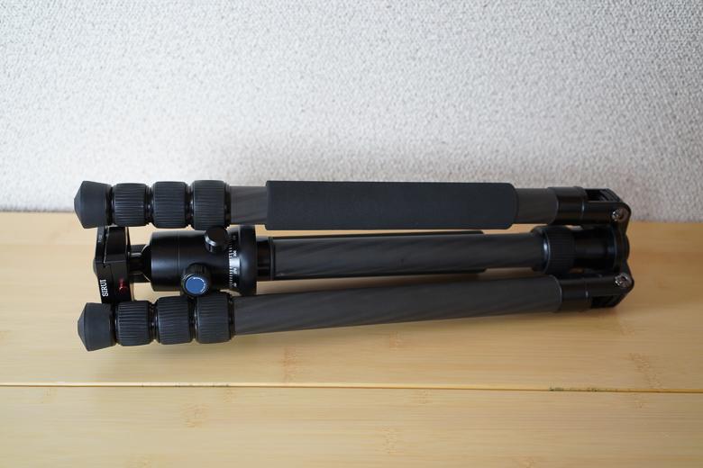 SIRUI 【4段三脚】 T-2204X 脚のみ カーボンと自由雲台 G-20Xをセット