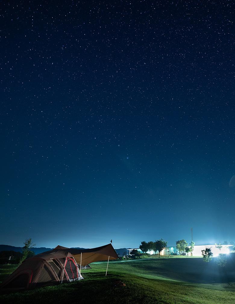 スノーピークHQキャンプフィールドの星空