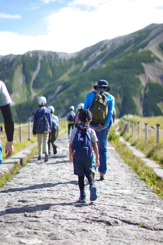 立山山頂へ向けて登山開始