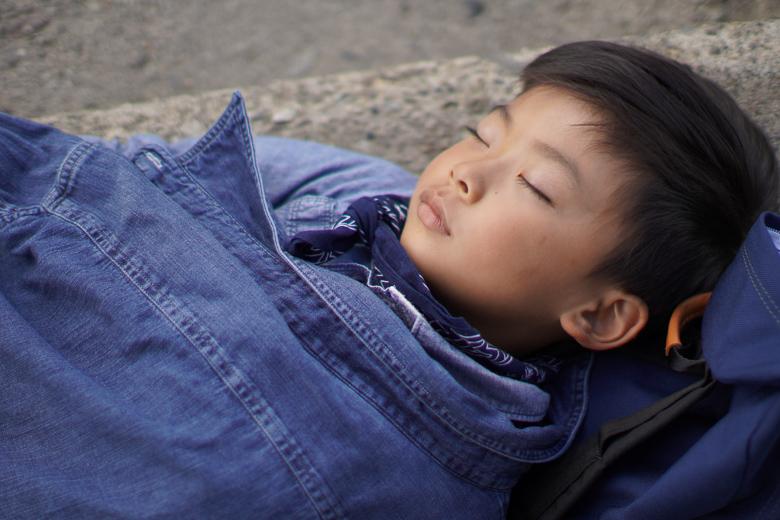 立山山頂でお昼寝