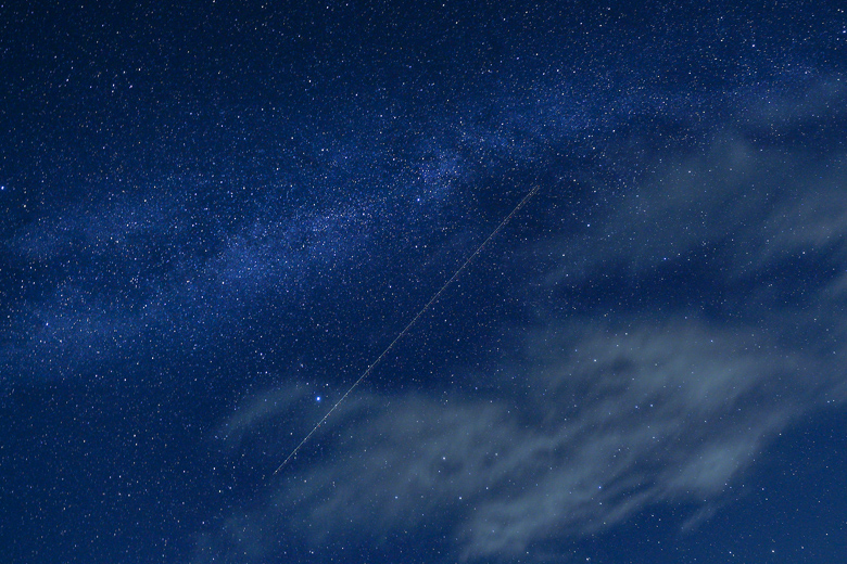 牛岳パノラマ展望台の星空 ペルセウス座流星群