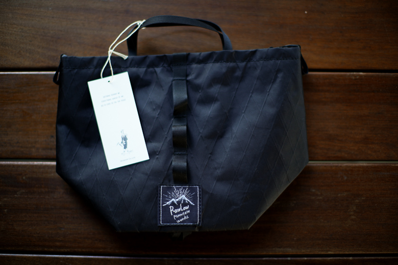 RawLow Mountain Works Tabitibi Tote X-PAC All Black 本体