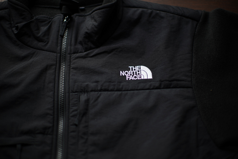 THE NORTH FACE デナリジャケット ロゴ