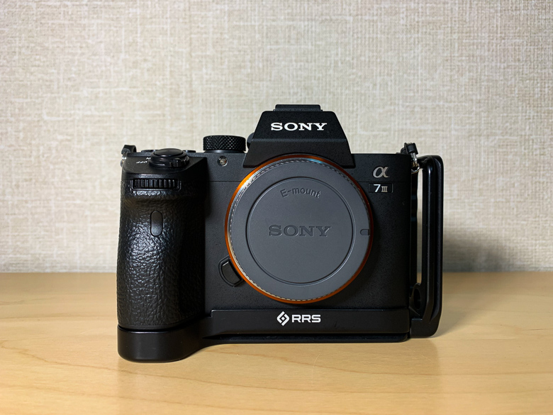 RRS SONY a7iii用L型プレートを装着