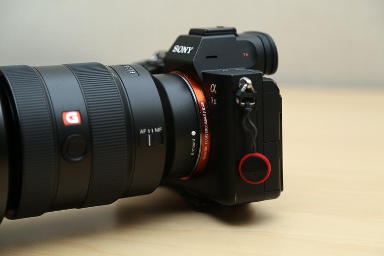 ソニー FE 16-35mm F2.8 GM をa7iiiに装着