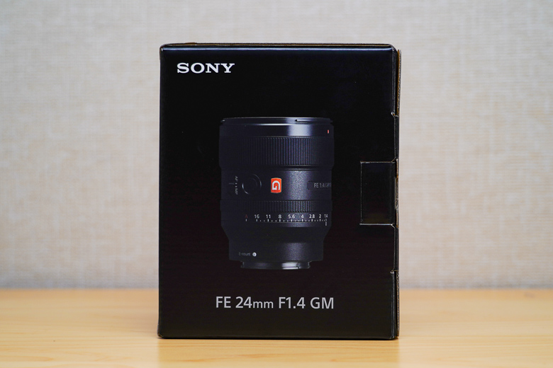 SONY FE 24mm F1.4 GM 外箱