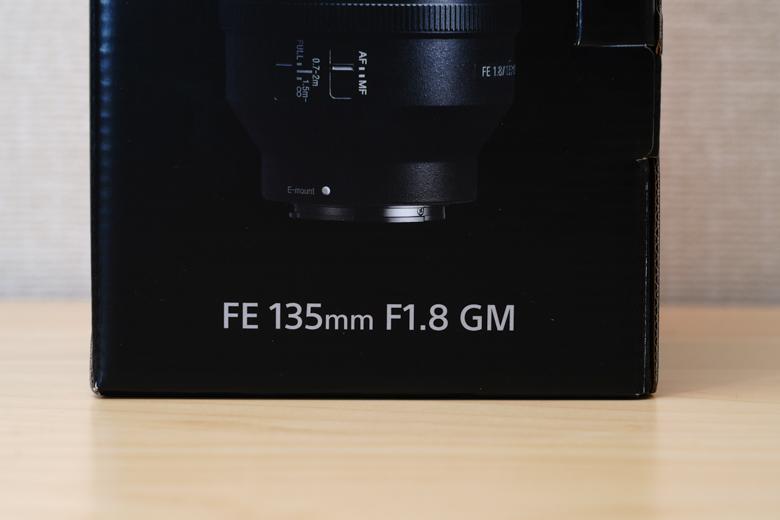 FE 135mm F1.8 GM SEL135F18GM 外箱